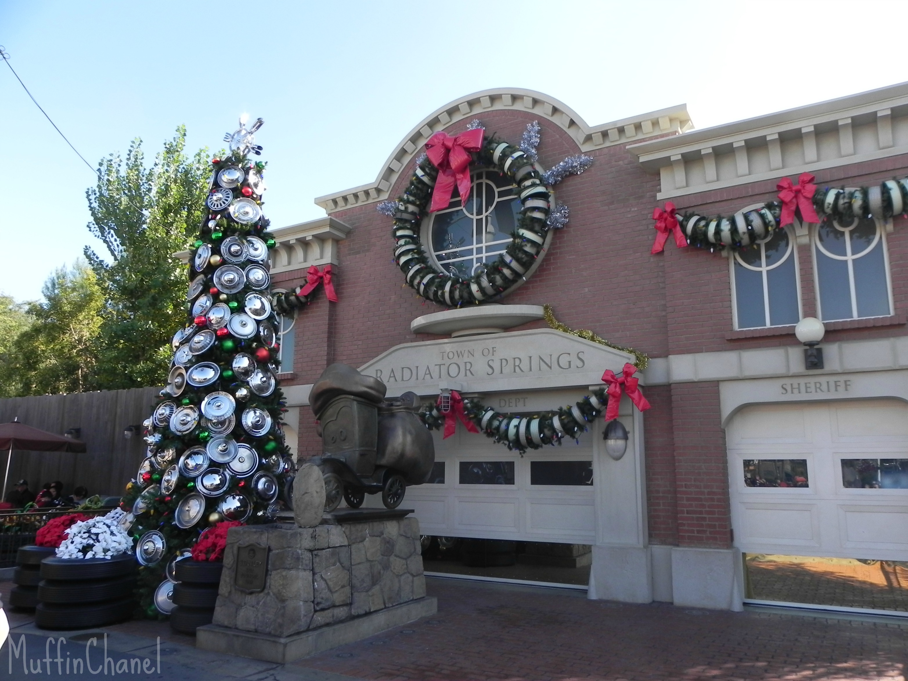 MuffinChanel radiator springs christmas cars land